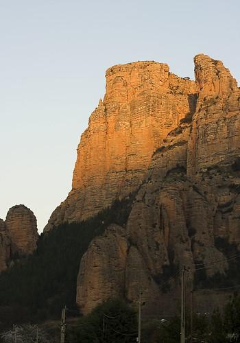 landscape spain rocks valley rioja viguera islallana valledeiregua
