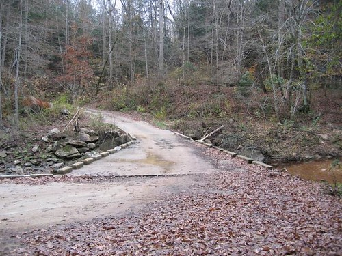 Looking south at tight curve radius on old Brushy Creek Bridge (Forest Service photo, 2004)