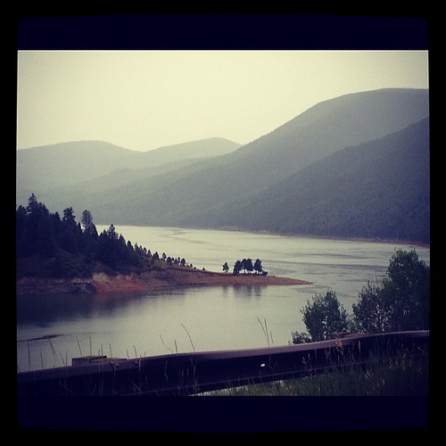 Ruedi reservoir in the rain <3
