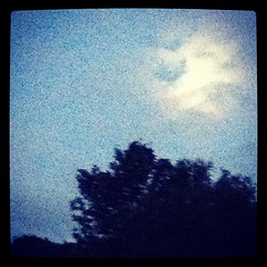 Moon over Hambye - Photo of Villebaudon