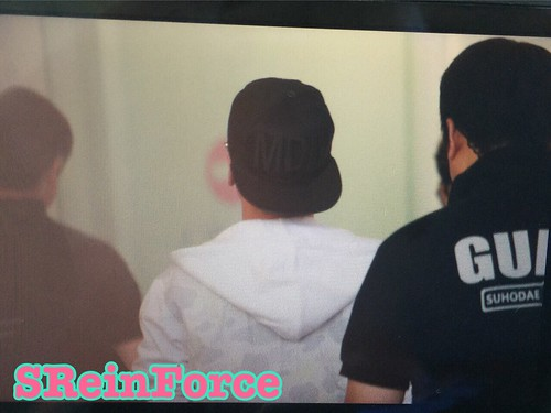 Big Bang - Hong Kong Airport - 15jun2015 - SReinForce1212 - 05