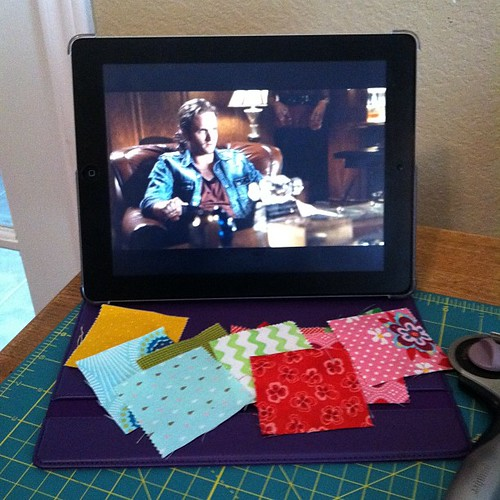 119:365 Re-watching Chicago Code & working on do. Good Stitches blocks.