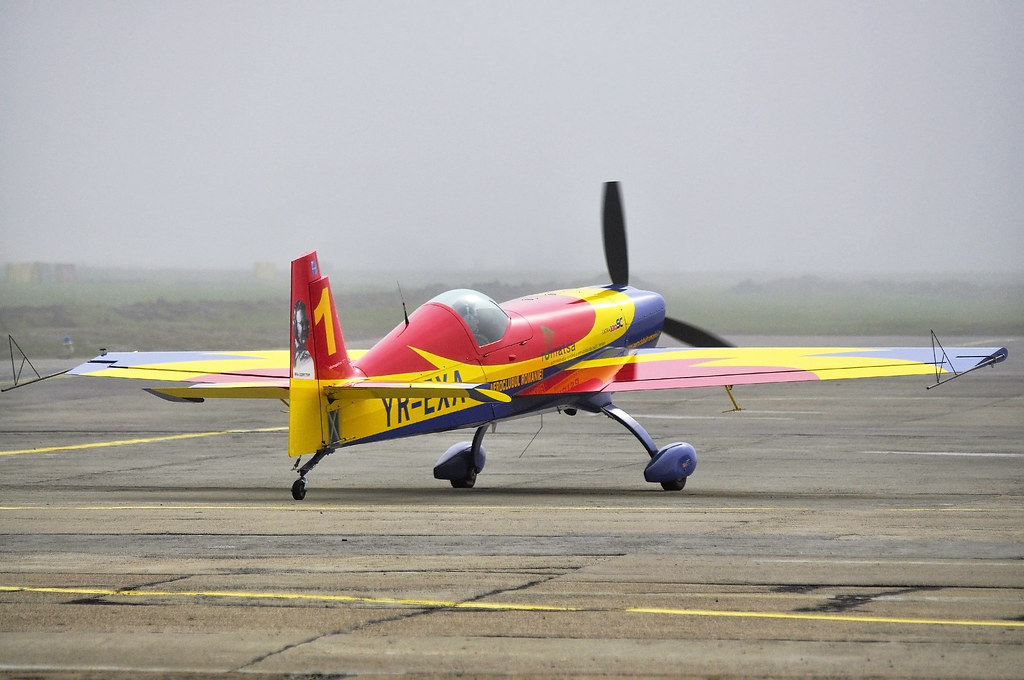 Cluj Napoca Airshow - 5 mai 2012 - Poze 7148633195_0814a93d89_b