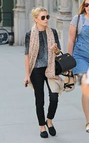 Ashley Olsen Toms Celebrity Style Women's Fashion
