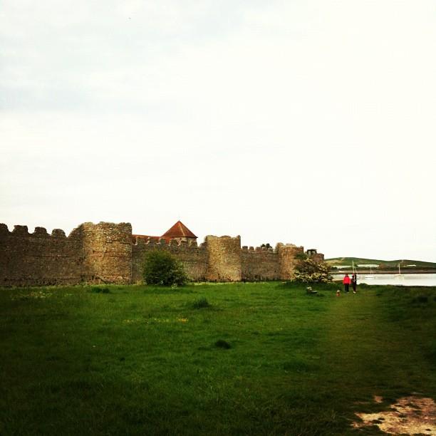 Maravilloso castillo junto a la costa