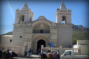 poblado-chivay-canion-del-colca-arequipa