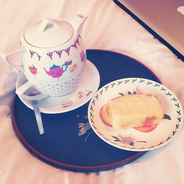 Tea and Madeira cake in my very British teapot! Watching the pageant on tv!
