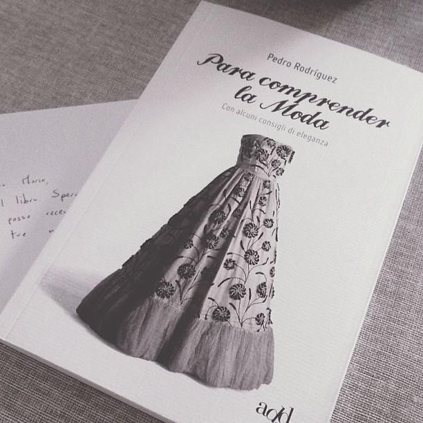 Non vedo l'ora di leggero Para Comprender la Moda di Pedro Rodriguez