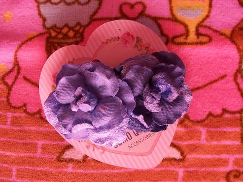 blue flowers hair accessory