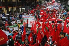 綠色公民行動聯盟今年也參與了里約現場的人民高峰會萬人遊行活動
