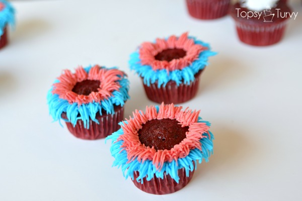 fourth-of-july-firework-cupcakes-red-around
