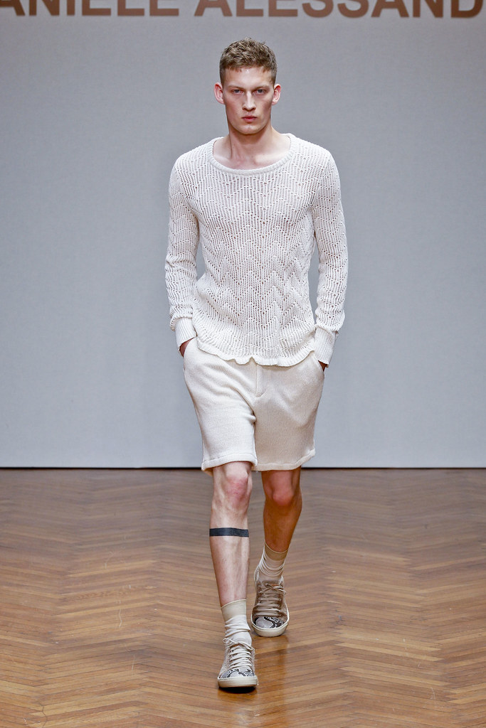 SS13 Milan Daniele Alessandrini004_Bastian Thierry(fashionising.com)