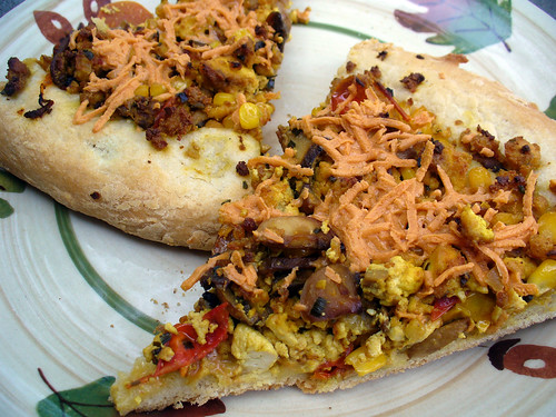 2012-06-30 - Tofu Scramble Breakfast Pizza - 0012