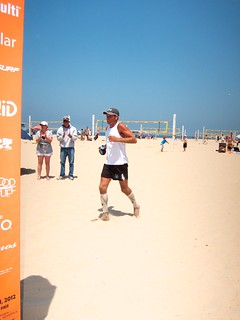 Sweeney finishes his 94th mile in the deep soft sand. Effing nutjob!