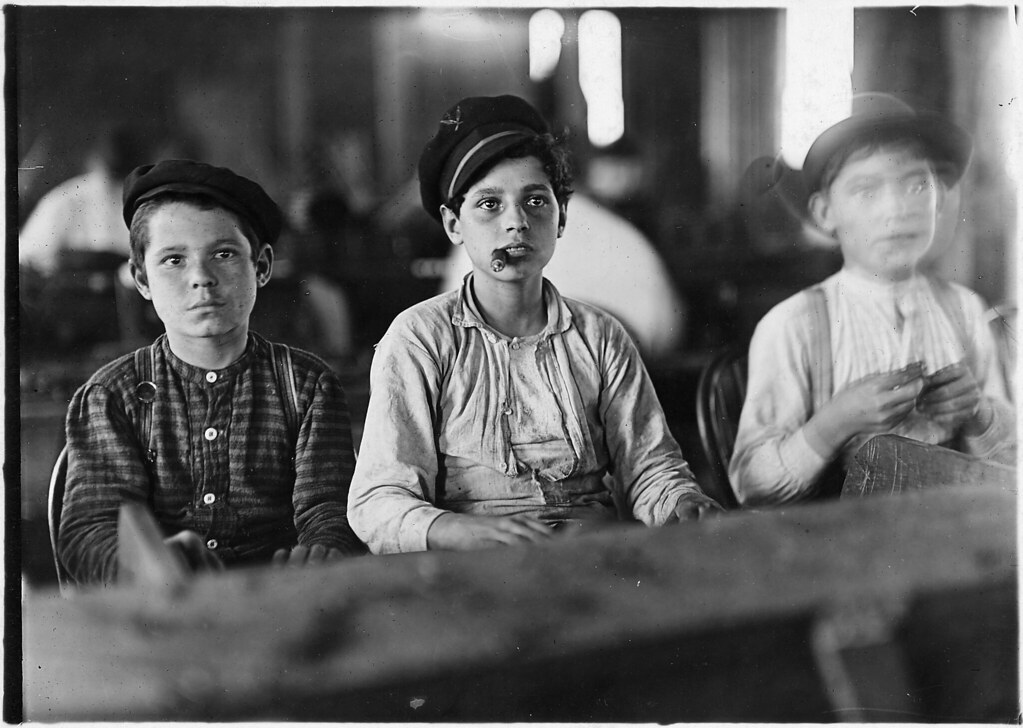 Young cigarmakers in Engelhardt & Co. Three boys looked under 14, January 1909