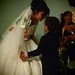 Bride dancing with young guest por el daybeh
