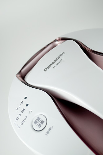 Panasonic 光美容器 光エステ(ボディ用) ピンクゴールド調 ES-WH70-PN