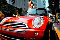 auto show(0.0), automobile(1.0), mini cooper(1.0), automotive exterior(1.0), vehicle(1.0), automotive design(1.0), mini e(1.0), mini(1.0), land vehicle(1.0), motor vehicle(1.0),