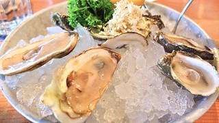 Chewies Steam & Oyster Bar | Kitsilano Vancouver