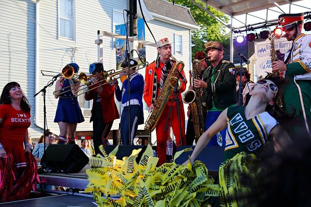 Mucca Pazza at Brady Street Festival