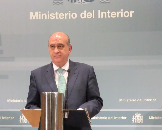 El ministro del interior jorge fern ndez d az ha for Escuchas ministro del interior