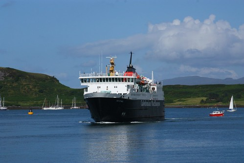 The Ferry arriving at Oban