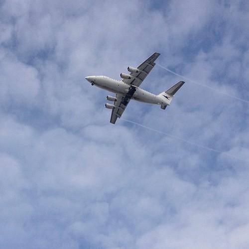 #reykjavik #plane #avion #fly #nubes #clouds #sky