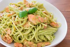 Tập nấu món Tây: Súp gà và spaghetti cá…