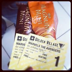 Ticket & Magnum