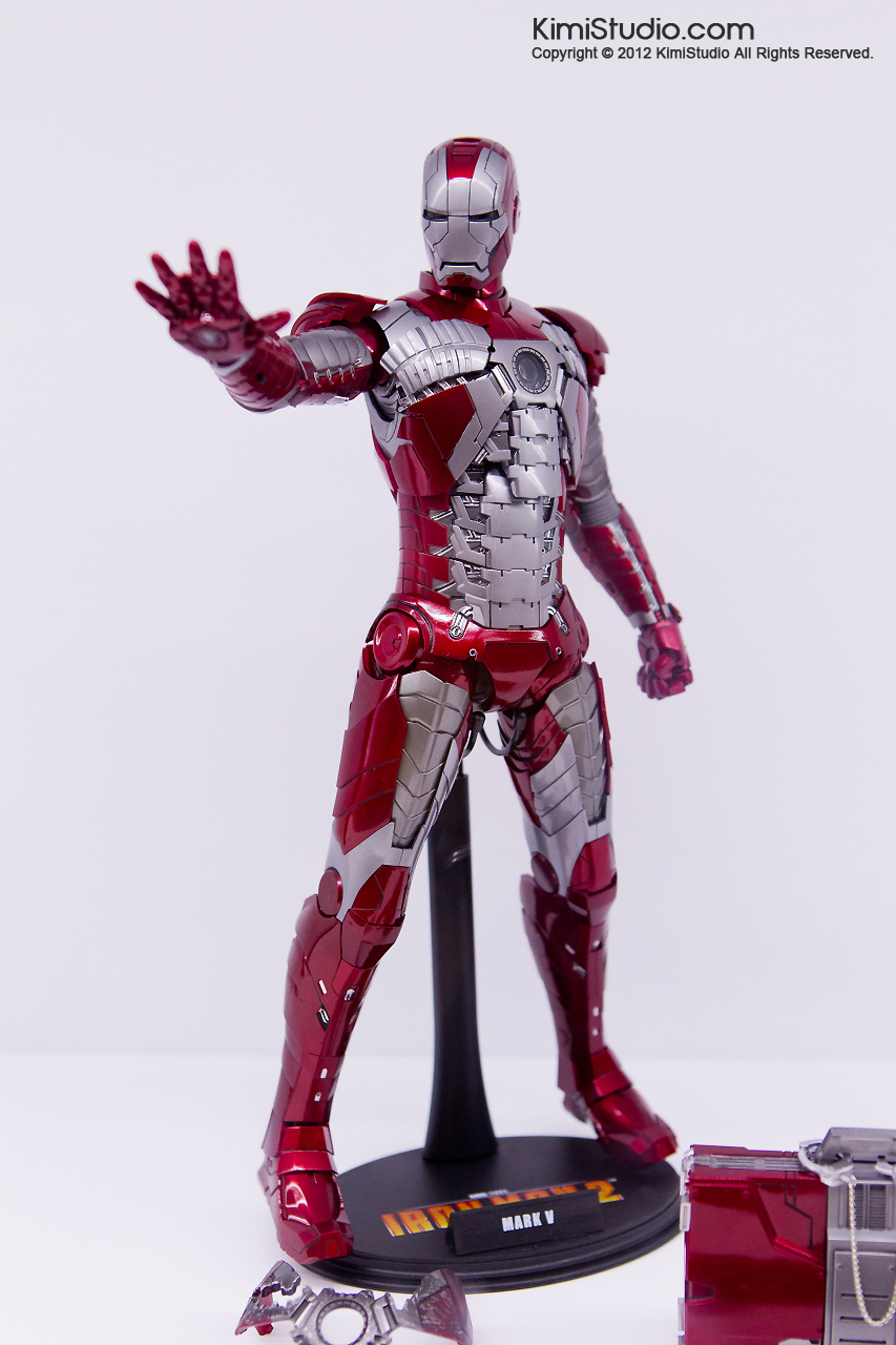 2011.11.12 HOT TOYS-060