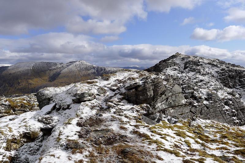 Approaching the summit of Beinn Tharsuinn