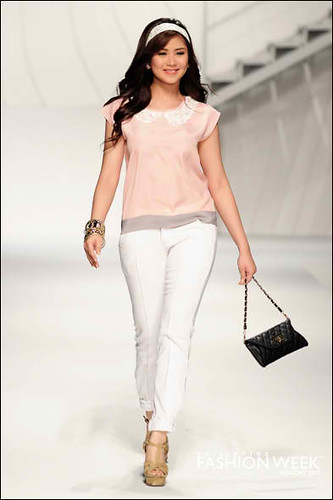 Sarah Geronimo for PhFashion Week Holiday 2012 Unica Hija