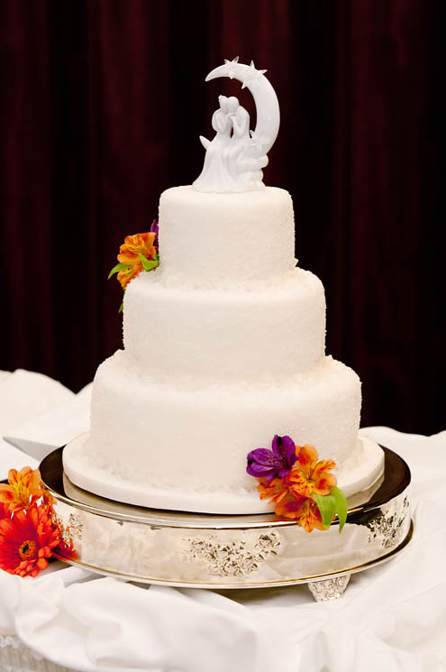Beautiful White Crystal Wedding Cake O View On Flickr