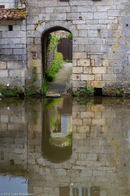 Canalside door, Brantome