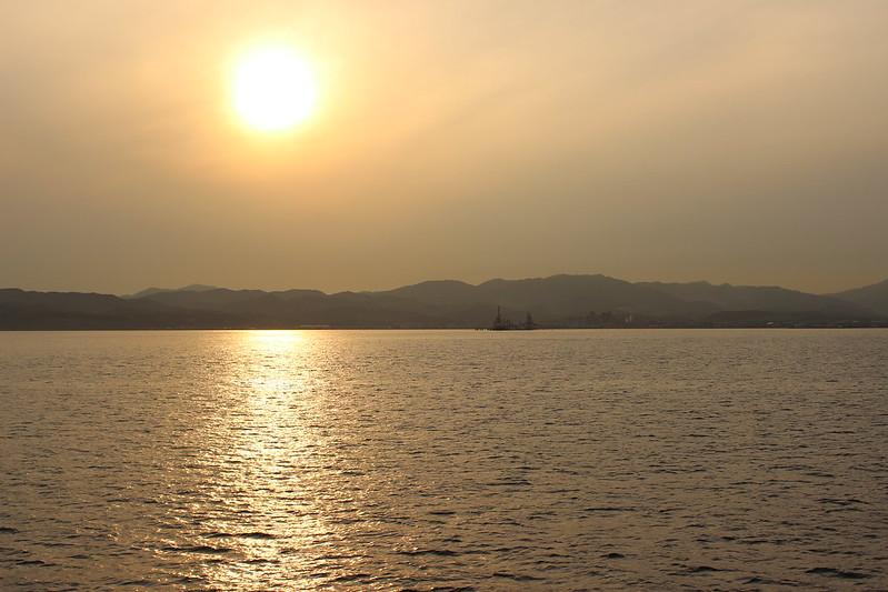 函館行きフェリーからの夕日