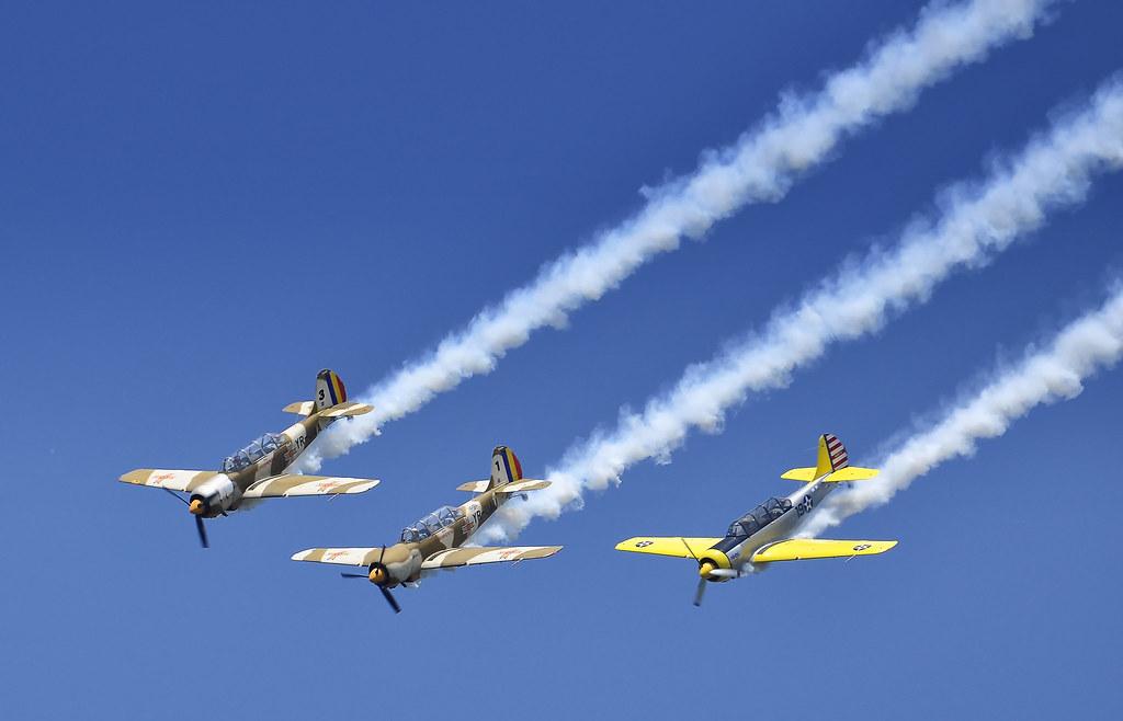 AeroNautic Show Surduc 2012 - Poze 7521267178_e3459edcf6_b