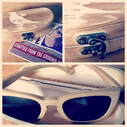 Köpte glasögon i bamboo från amerikanska Proof. Förälskad! http://bit.ly/McT3nP
