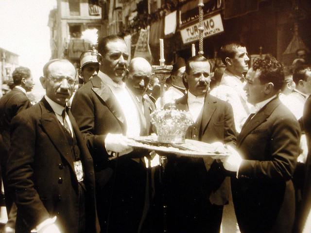 El Alcalde Fernando Aguirre en la Coronación de la Virgen del Sagrario el 30 de mayo de 1926. Foto Rodríguez. Archivo Provincial de Toledo. Junta de Comunidades de Castilla-La Mancha
