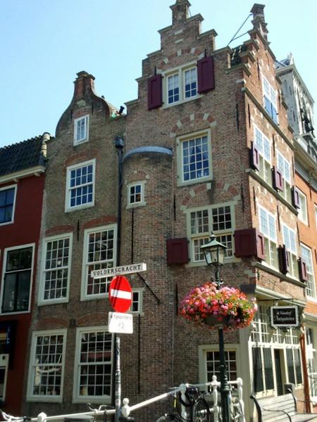 Delft22