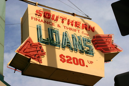 Southern Loans neon sign - Kingsport, TN