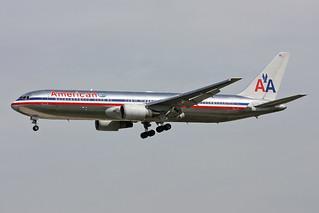 """American Airlines Boeing 767-323/ER N351AA """"Spirit of San Francisco"""""""