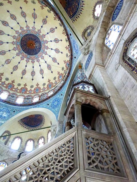 Istanbul - avril 2012 - jour 4 - 017 - Sokollu Sehit Mehmet Pasha Camii