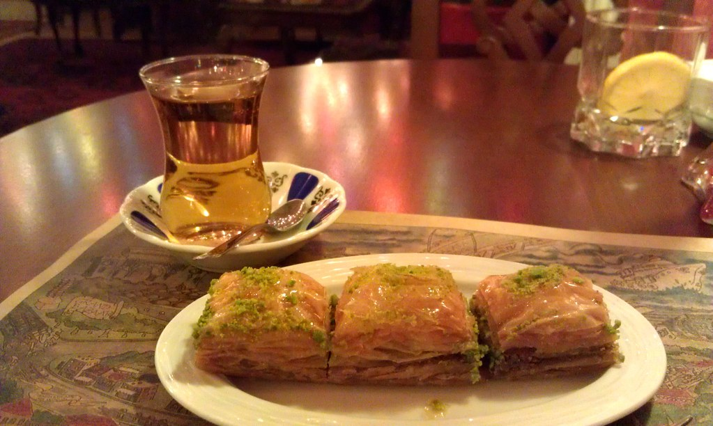 Baklava and apple tea