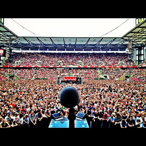 Koln Center Mic full, Photo Lef Carrol IV