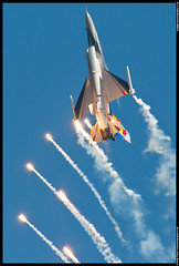 Belgian Air Component - Flares!