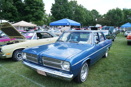 67 Plymouth Valiant  200