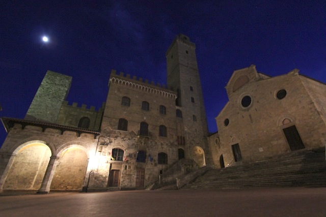 San Gimignano by night1