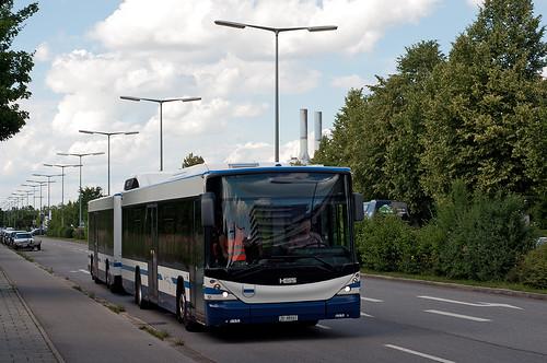 Nach einem kurzen Schwenk durch die Munkerstraße ist der Buszug wieder in der Drygalski-Allee