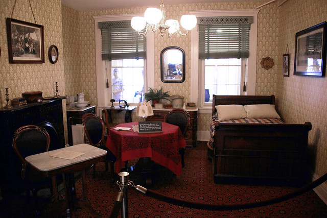 Front bedroom - Peterson House - Washington DC - 2012-05-20