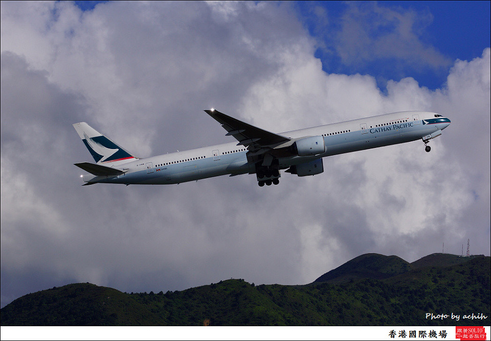 Cathay Pacific Airways / B-HNM / Hong Kong International Airport